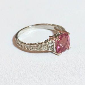Jewelry - 10i WG pink sapphire & Diamond Ring